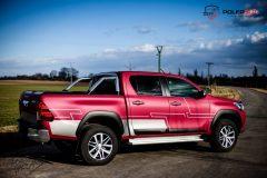 studio-ales-car-wrap-polep-aut-design-car-toyota-hilux-avery-cherry-matte-metallic-scaled