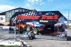 monster-truck-reklama-na-atrakci-studio-ales