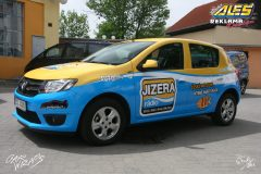 car-wrap-design-studio-ales-polep-aut-reklama-na-auto-polep-aut-sandero-radio-jizera-2-scaled