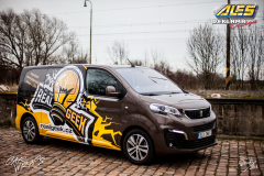 car-wrap-design-studio-ales-polep-aut-reklama-na-auto-polep-aut-dodavky-realgeek-2