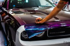 polep-aut-dodge-challenger-avery-riptide-rushing-color-flow-scaled
